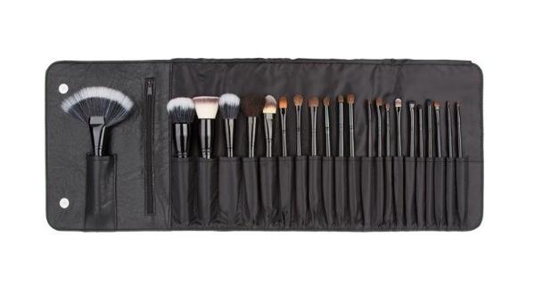 22 piece brush set